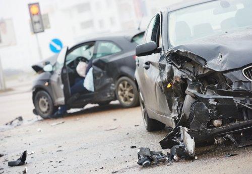 waar gebeuren de meeste ongelukken op de weg